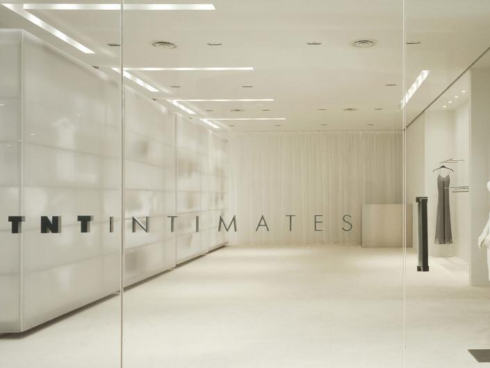 TNT Intimates, Hazelton Lanes
